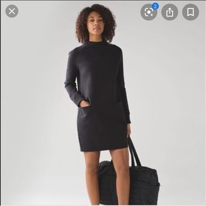 Lululemon spacer city bound black dress